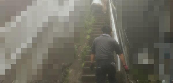 宮城県仙台市の遺品整理|整理した遺品の搬出風景|20140908-1