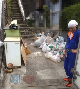 宮城県仙台市の遺品整理|整理した遺品の搬出風景|20140908-2