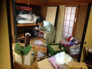 遺品整理作業風景|20150208 (1)