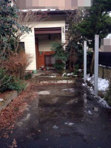 遺品整理前のガレージ屋根撤去 宮城県仙台市の遺品整理 (8)