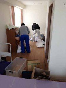 老人ホームの遺品整理 (2)