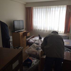 宮城県仙台市の老人ホームで遺品整理 (作業中)